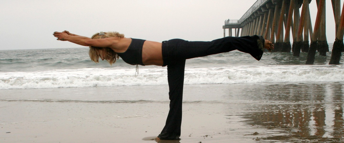 Karen's-Yoga-on-Beach-Photos-057